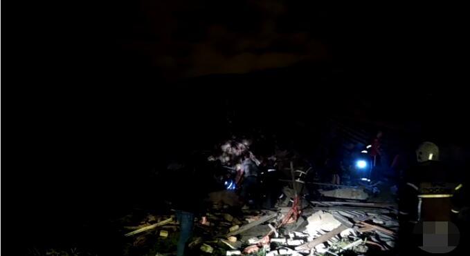俄媒:俄罗斯一住宅楼发生燃气爆炸 部分墙体坍塌