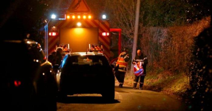 法国一架救援直升机坠毁致1死4伤