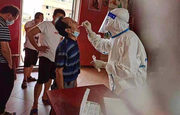连夜支援仙游的莆田学院医学生:有一份沉甸甸的责任在身上
