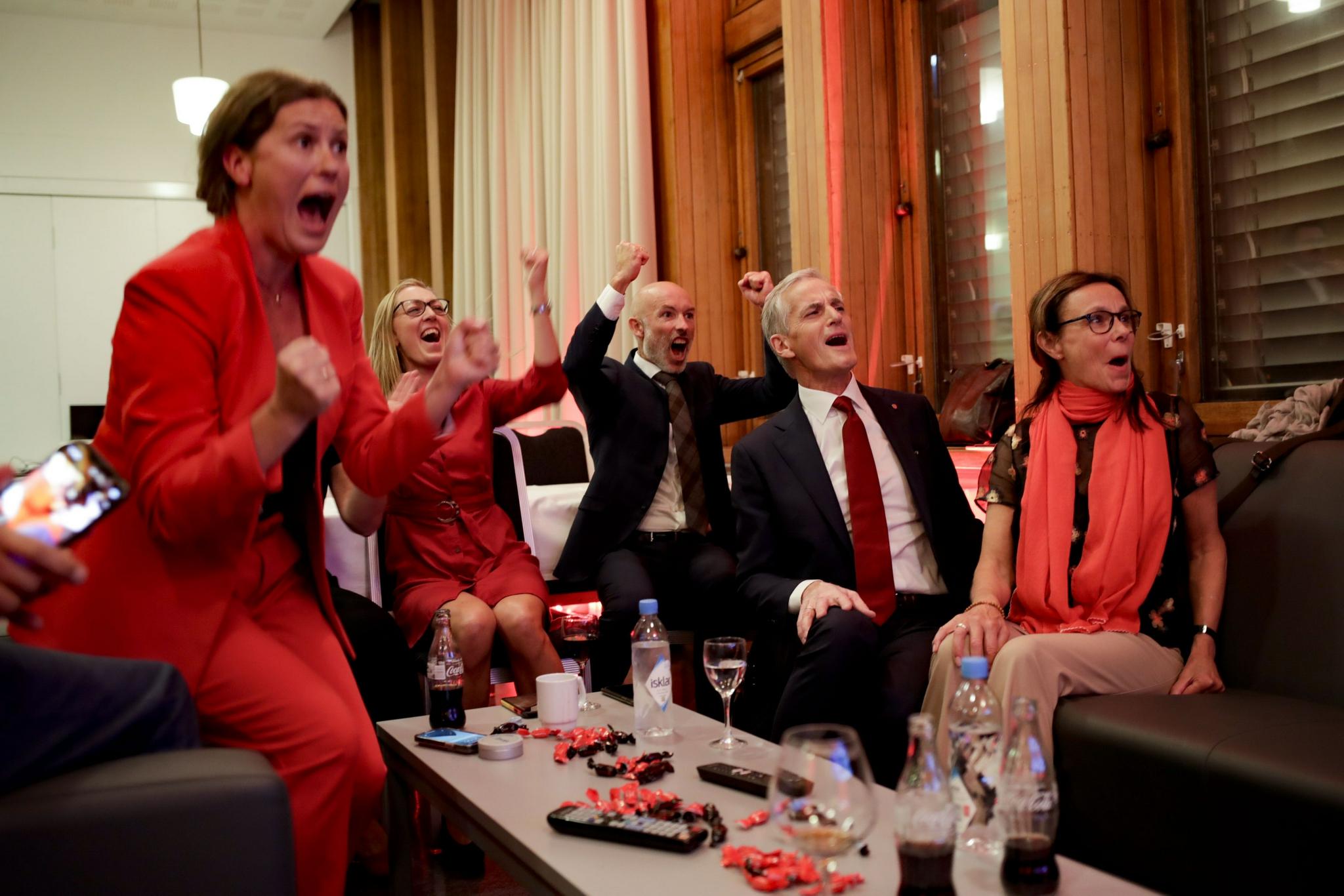 """挪威政坛""""向左转"""" 欧洲政坛开始转向了?"""