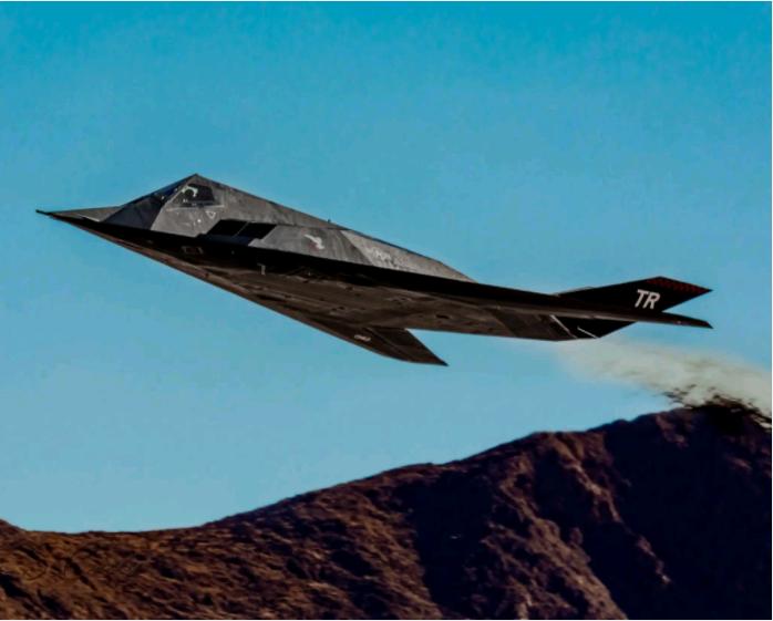 枢密院十号:它退役后又复出,是为模拟中国歼-20?