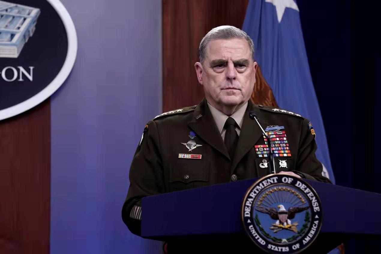 美记者曝猛料:担心特朗普发动对华战争