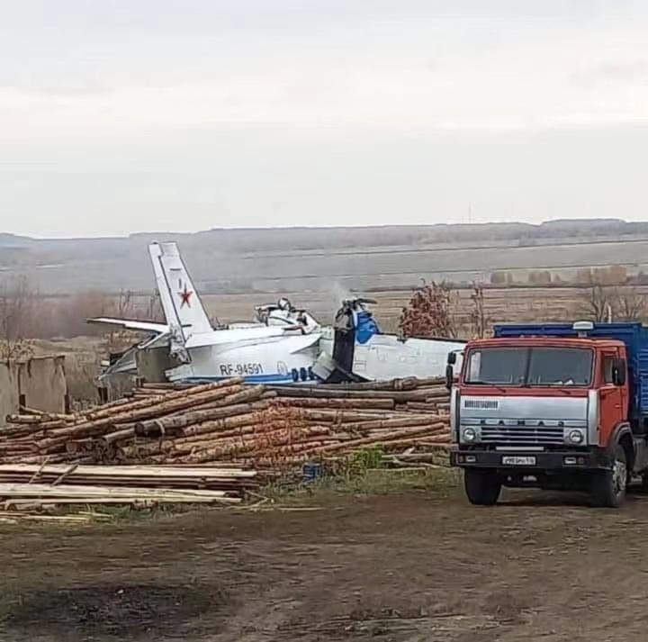 俄罗斯一轻型飞机坠毁 19人遇难