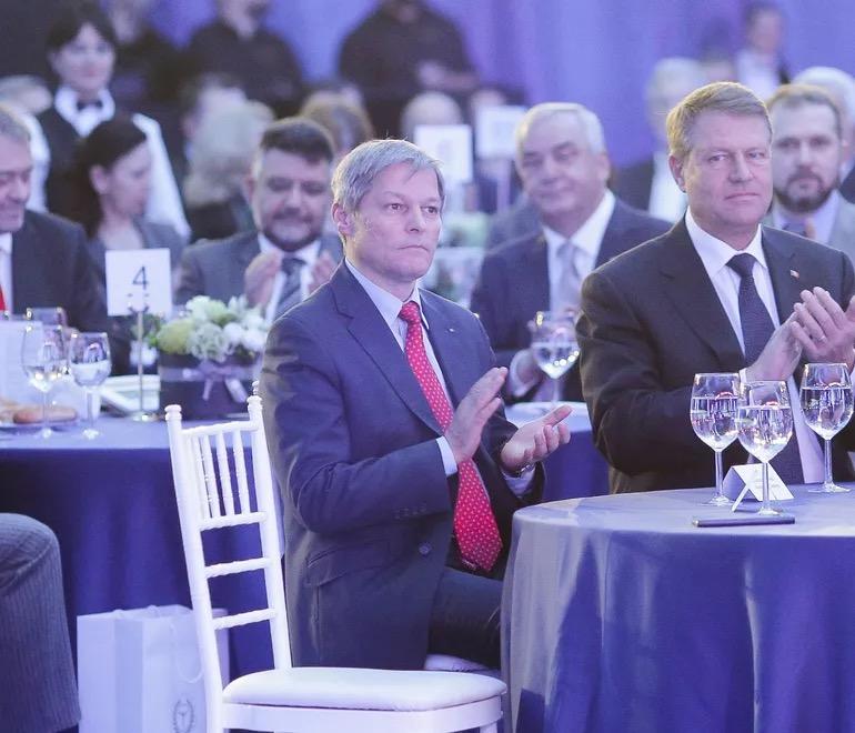 罗马尼亚总统提名西奥洛斯为新任总理