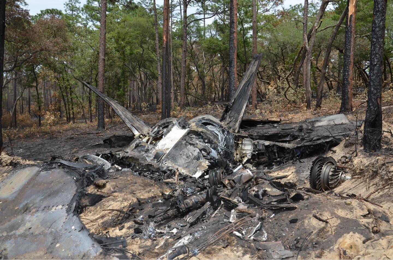 美军F-22战斗机坠毁现场罕见公开 还曝出更惊人内幕