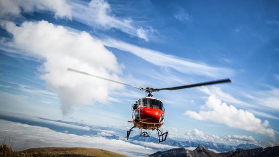 """那个救了""""中国天眼""""科学家的直升机,是哪来的?"""