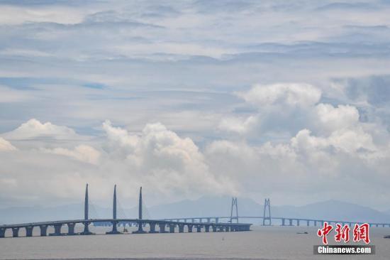 图为港珠澳大桥。(资料图片)中新社记者 陈骥旻 摄