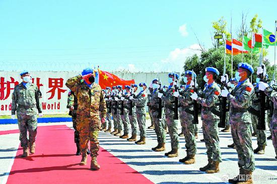 中国410名官兵荣获联合国和平勋章