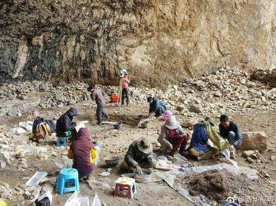 青藏高原发现首个史前洞穴 4000年前的洞里能有啥
