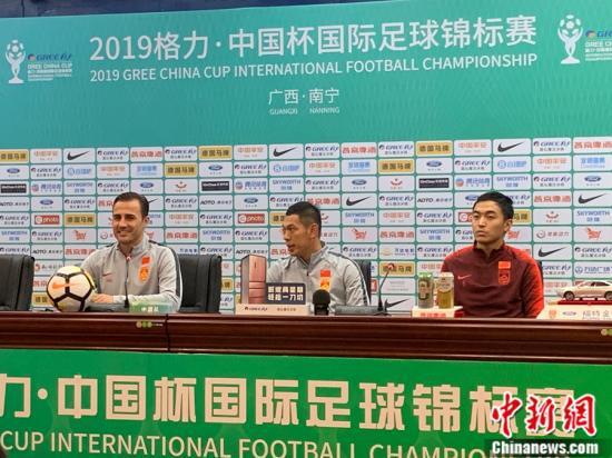 卡纳瓦罗笑容背后 中国足球这些问题是否依
