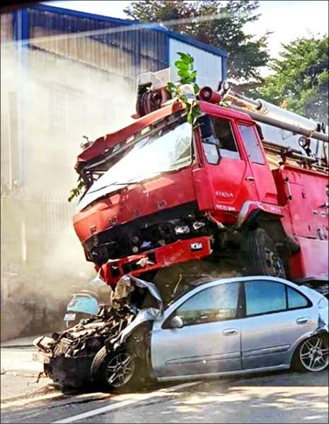 事故现场图片(来源:台湾媒体)