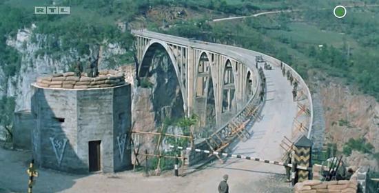 波黑塞尔维亚与中国将合作翻拍经典战争片《桥》