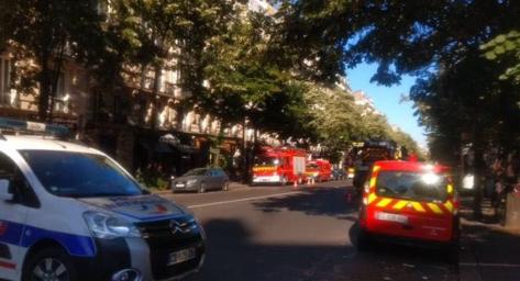 巴黎市中心�l生�乐鼗�模�3人死