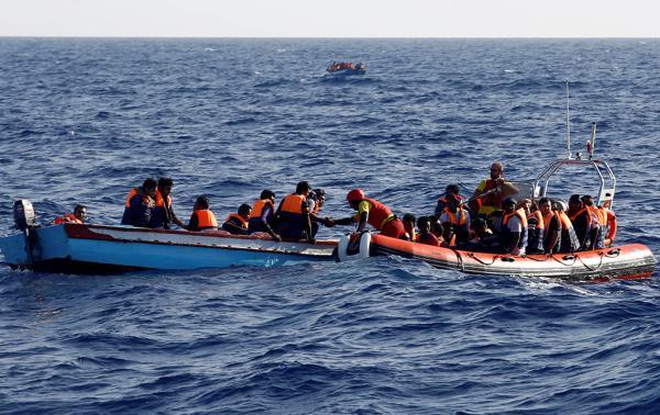 �合��警告��硬意大利:�]有救援船地中海�⒆�血海