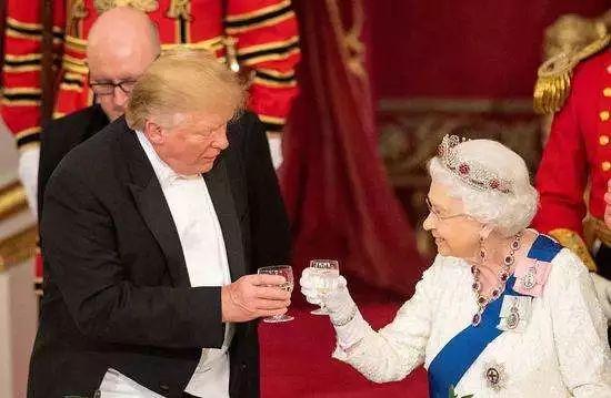 密信被曝光 英�v美大使的位子怕是被盯上了
