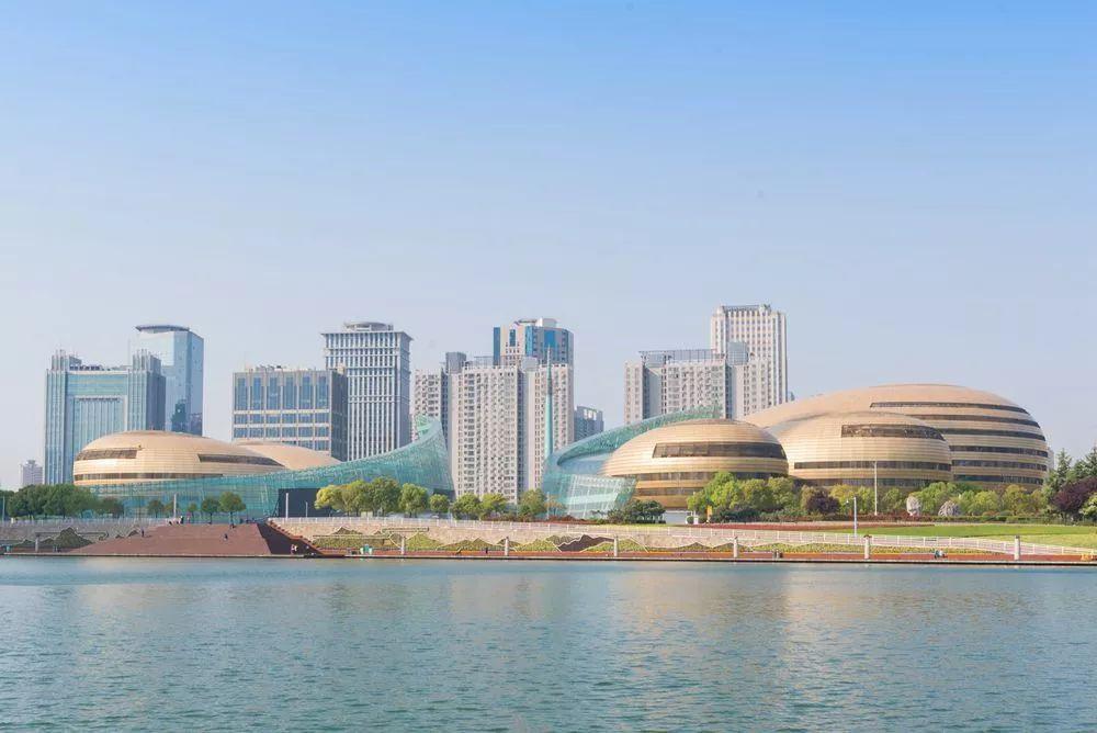 球球大作战ipad下载 郑州的实力 能否撑起它的野心?