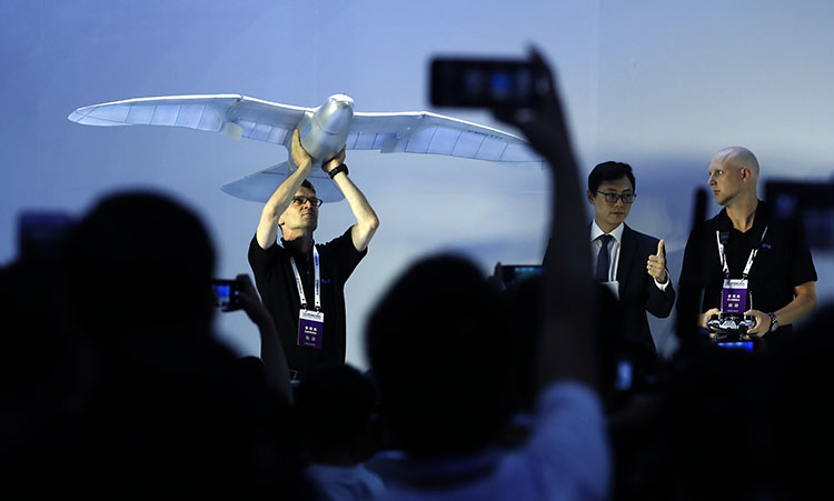 一呼百应 无所不能的机器人 2019世界机器人大会在京开幕