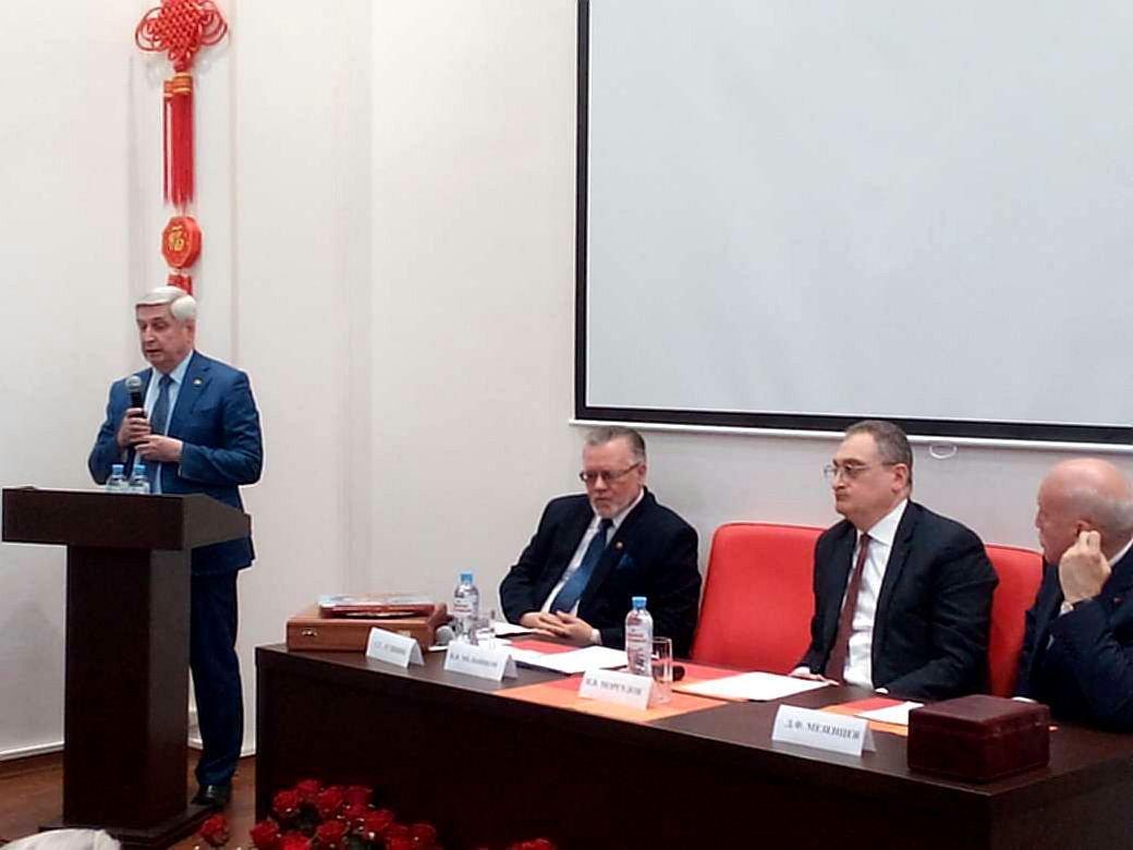 马剑琴微博 俄共中央第一副主席当选俄中友好协会新主席