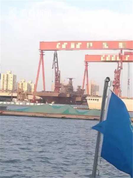 """花呗取现信誉平台小丽 中国075两栖攻击舰与日本""""出云""""级如何比较?"""