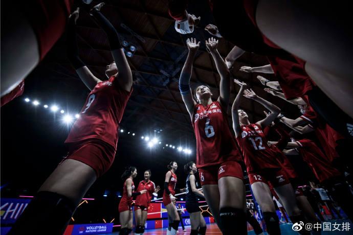中国女排提前无缘世界联赛四强:今夜对阵全胜美国 模拟奥运