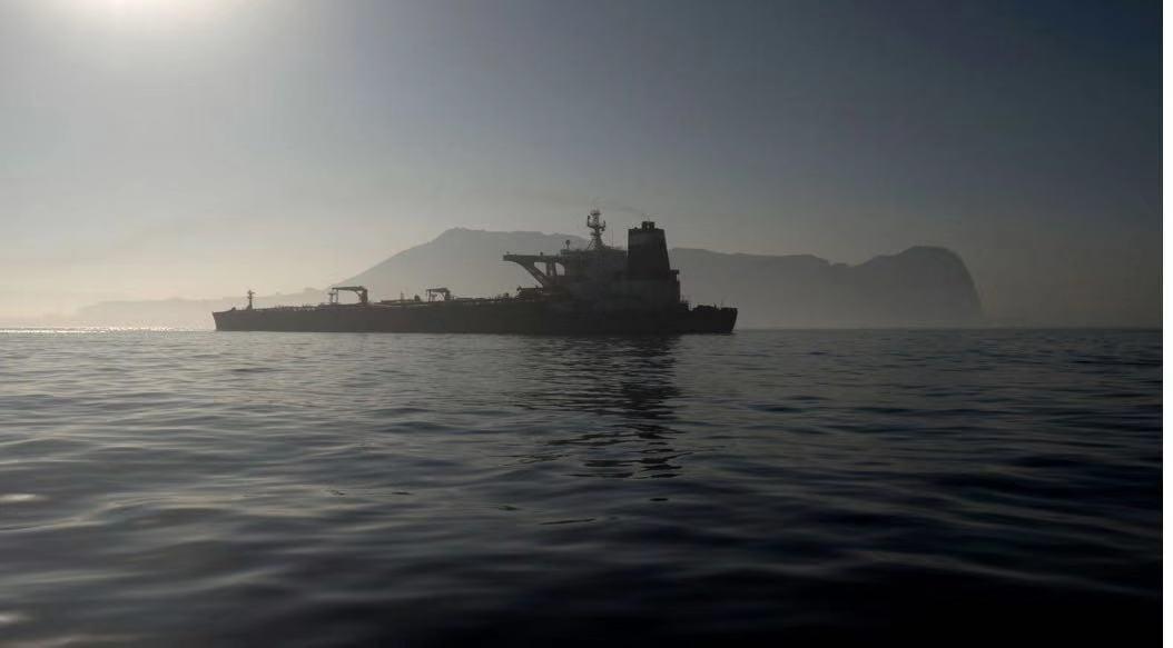 """获释了 被扣伊朗油轮""""格蕾丝一号""""驶离直布罗陀"""