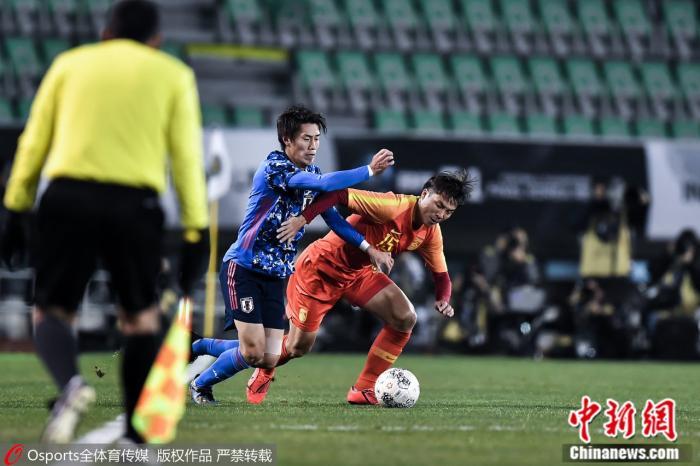 网曝王丽坤疑插足 国足东亚杯首战1:2不敌日本