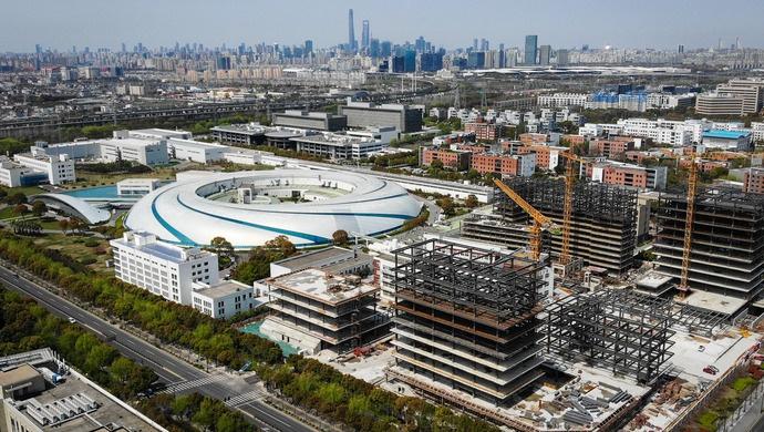 建设国家实验室,支持发起国际大科学计划……上海打造国家战略科技力量