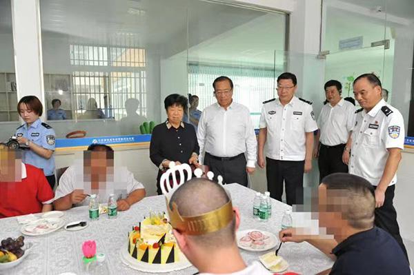 步入正轨 江苏21年来依法提前释放少年犯1.5万人