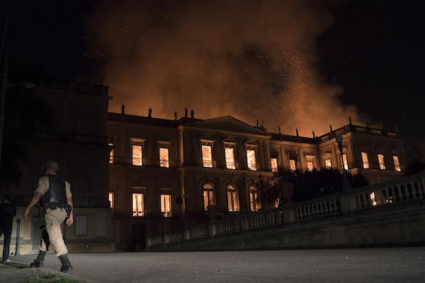 2018年9月2日,陷入火海的巴西國家博物館