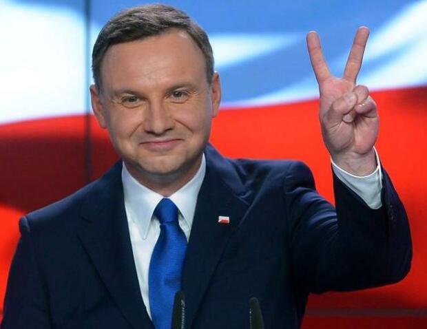 波兰一市长遇刺身亡后 总统又收死亡威胁(图