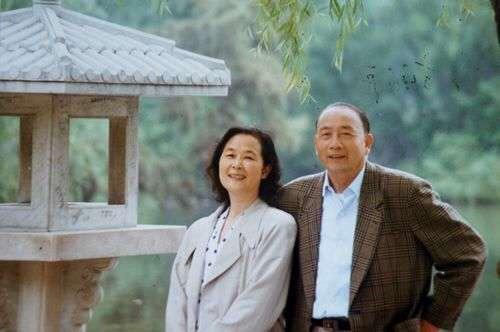 方纫秋与夫人张蓓