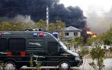 媒体:盐城爆炸化工厂劣迹斑斑 谁对整改置