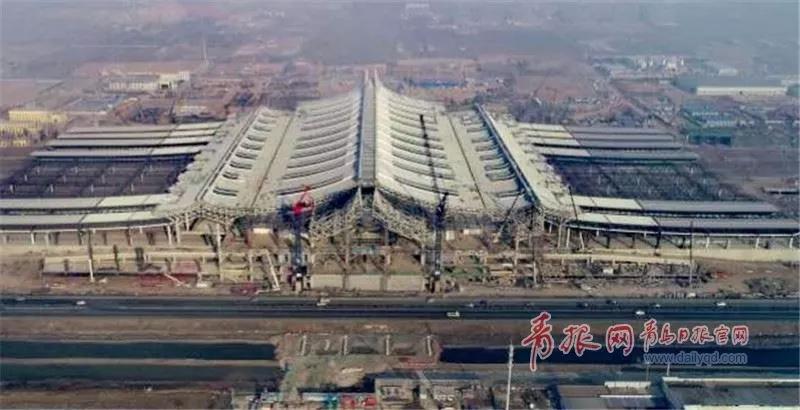 建设中的红岛站。
