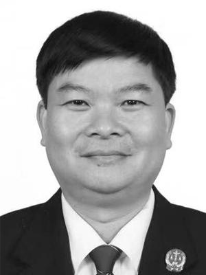 梁辉中国法院网 图