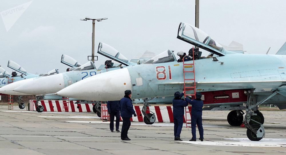 俄国防部:克里米亚别利别克军用机场一期完